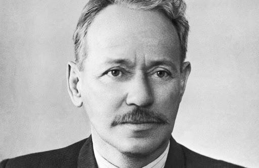 Михаил Шолохов - известный советский писатель, журналист, сценарист